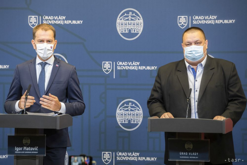 Slovakia Brings Back Anti-COVID Measures, Emergency State Proposed